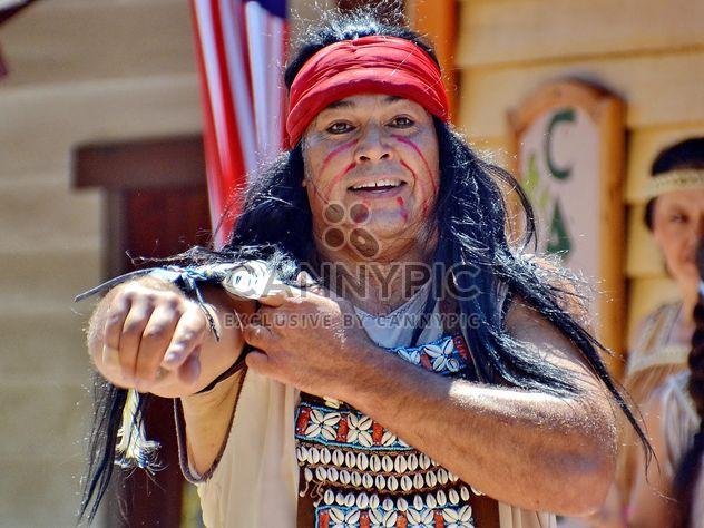 Reiter in einem Kostüm Indianer Amerikas - Free image #334847