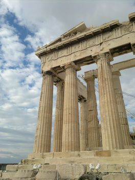 Parthenon at Acropolis hill - image #338247 gratis