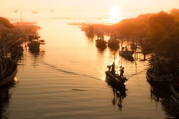 Fishermen back from the sea in Thailand - Free image #343997