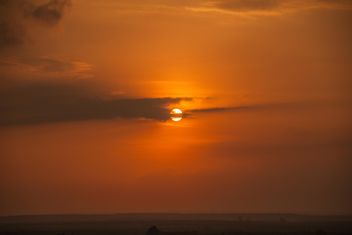 Orange sunset with clouds - image gratuit #344087