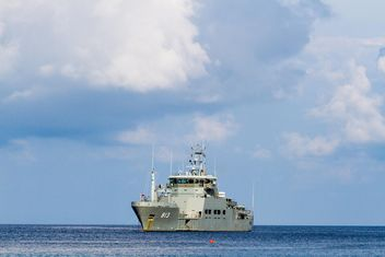 H.T.M.S.PHARUEHATSABODI Warship of Royal thai navy - Free image #344437