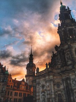 Hofkirche Cathedral in Dresden at dusk, Germany - image gratuit #346567