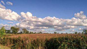Chasing Clouds - image gratuit #389837