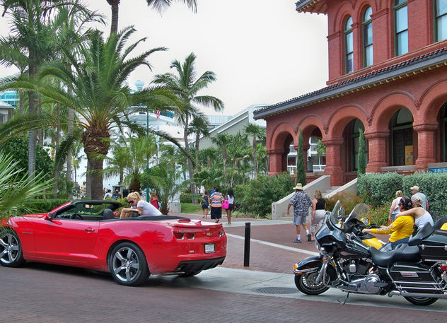 USA (Florida) Love is different in Key West - image #405627 gratis
