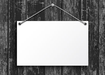 Blank Paper Plate Hanging on Wood - Kostenloses vector #179677