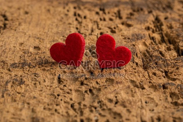 Red hearts on wood - Free image #182997