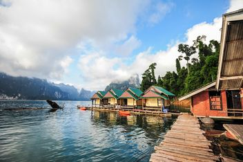 Ratchaprapha dam,boathouse mountains - image gratuit #186497