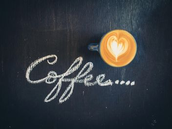 Cup of latte and word coffee - Kostenloses image #187037
