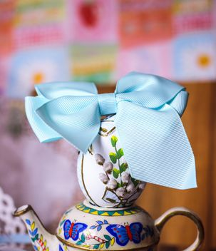 Decorative Easter egg with bow - Kostenloses image #187517