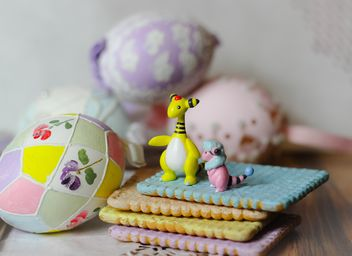 Easter Eggs On Plate - image #187527 gratis