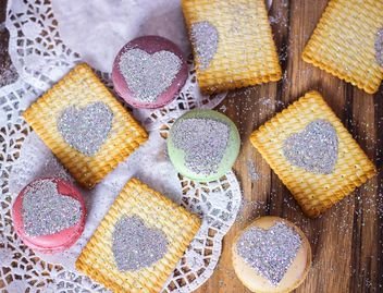 Cookies decorated with glitter - бесплатный image #187657