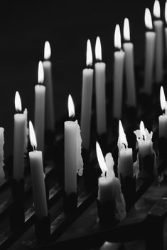 Candles, black and white - image gratuit #187897