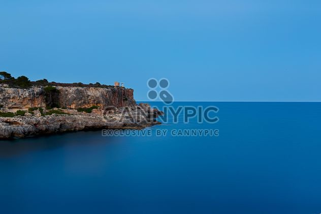 #mallorca #calafiguera #sky #nature #sea #coast #seascape #seaside #sunset #sundown #sunrise #blue #longexposition #mediterranean - image gratuit #198647