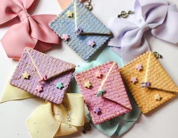 Cookies With A colorful Bows - image gratuit #200997