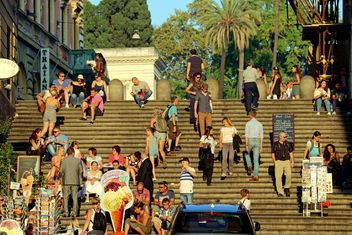 Roman staircase, people, sunset, Rome, autumn - image gratuit #271637