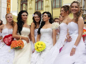 The bride parade - Free image #272597