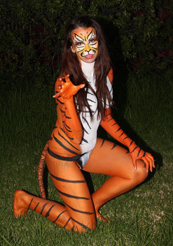 Hot Kandi Body painting Tiger - Free image #281877