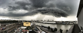 Dark storm approaching over the city - Free image #293117