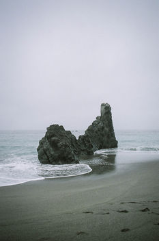 Fog and Rock - image gratuit #301277