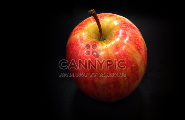 roter Apfel - Kostenloses image #303357