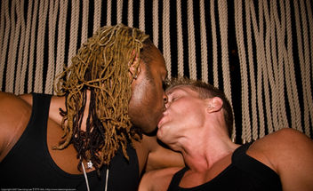 Kiss / Hiro at the Maritime Hotel / 20070910.10D.45399 / SML - Free image #307907