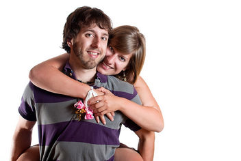 A happy couple and a happy photographer - image gratuit #308747
