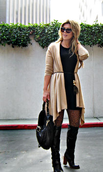 leopard tights+cat eye sunglasses+ferragamo bag+over the knee boots - image gratuit #314477