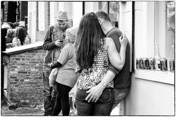 Love on the street in Amsterdam - image gratuit #318417