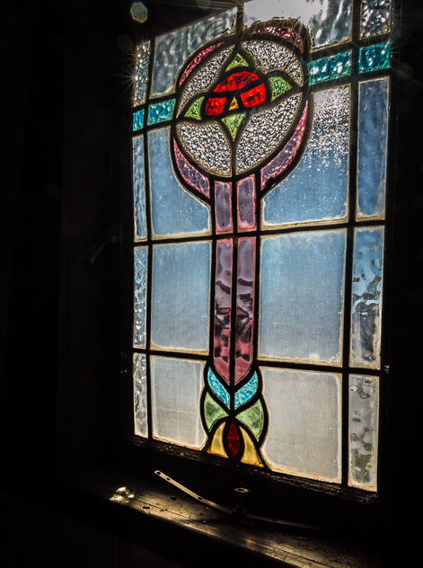 Abandoned Stained Glass - image gratuit #319327