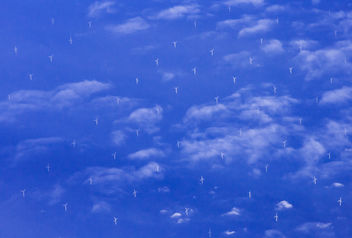 Turbines in the Sky - image gratuit #321407