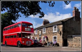 Routemaster at the Kings Arms - image gratuit #326427