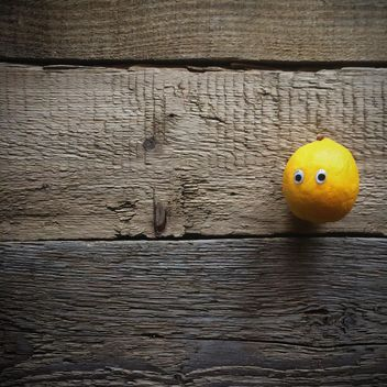 lemon wood background iphoneography - image gratuit #329157