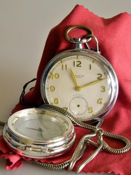 old pocket watch - image #330917 gratis