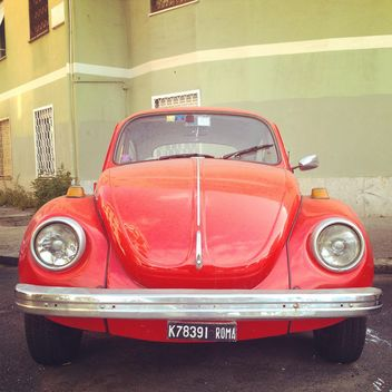 Old red car - image gratuit #331357