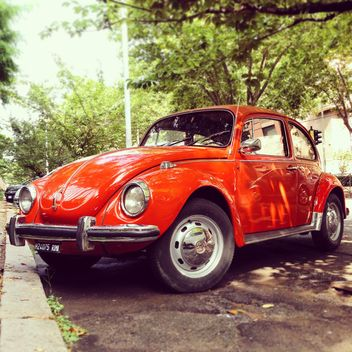 Old red Volkswagen - image gratuit #332037