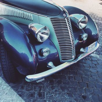 Retro car close-up - image #332047 gratis
