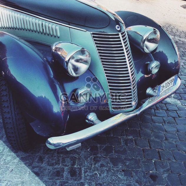 Retro car close-up - image gratuit #332047