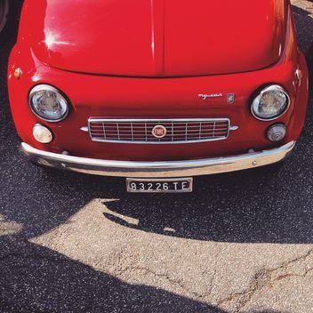 Red Fiat 500 car - image gratuit #332217