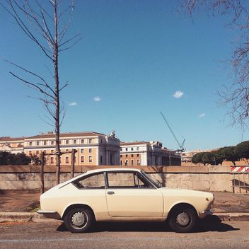 Old Fiat 850 car in street - image gratuit #332277
