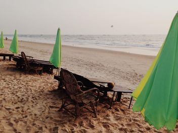 chaise-longues on the beach - бесплатный image #332937