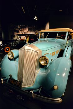 vintage cars in museum - Kostenloses image #334837