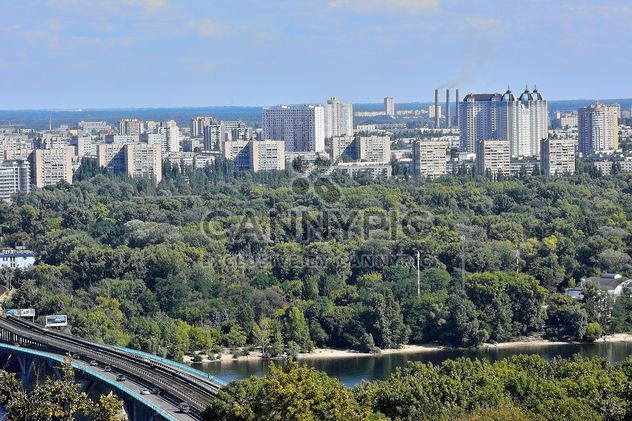The views of the Dnipro and left shore of Kiev - image gratuit #335057