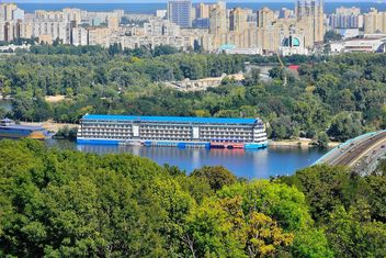 The views of the Dnipro and left shore of Kiev - бесплатный image #335067