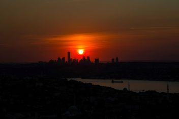 Architecture of Istanbul at sunset - бесплатный image #338547