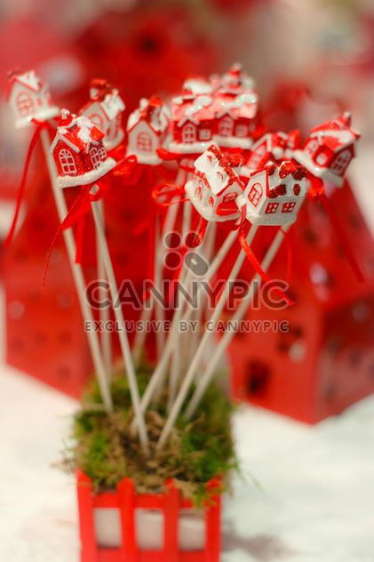 Close up of red Christmas decoration sticks - Kostenloses image #341457