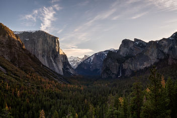 Sunrise at Tunnel View - бесплатный image #355797
