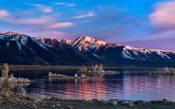Mono Lake sunrise - image #360747 gratis