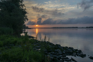 Sunrise over the Nieuwe Merwede - Free image #372717