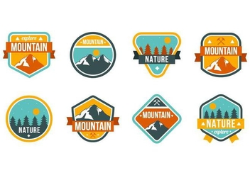 Free Mountain and Nature Badges Vector - Kostenloses vector #373327