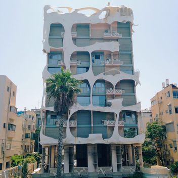 Facades of Tel Aviv.Some intereting house in the city - бесплатный image #385197